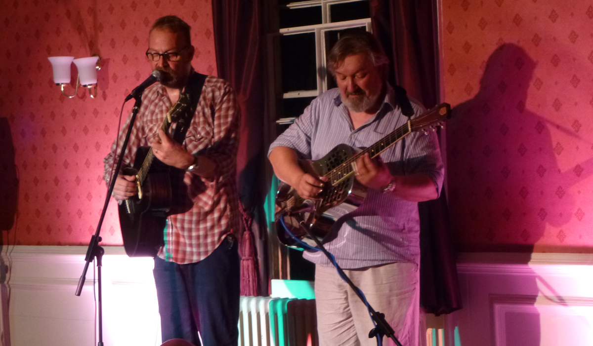 Boo Hewerdine with Gary Smith